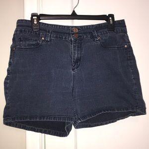 L.e.i denim shorts sized 13 super comfy
